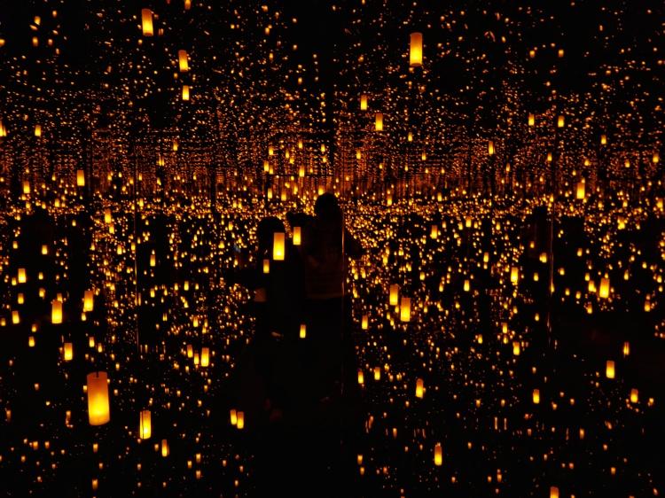 Yayoi Kusama Infinity Mirrors (10)