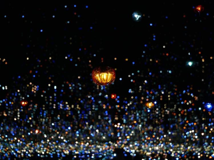 Yayoi Kusama Infinity Mirrors (16)