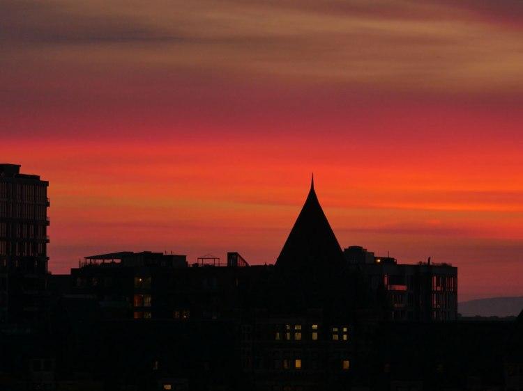 Ciel brûlant sur Montréal