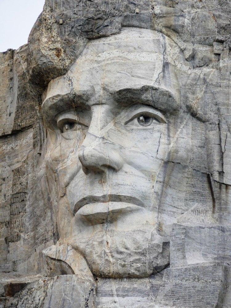 Mont-Rushmore-closeup-whereiscoralie