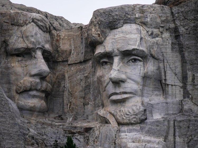 Mont-Rushmore-Whereiscoralie-closeup-america